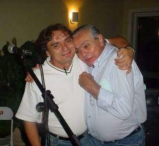 Momento de afeto entre Marcus Lucenna e Chico Anysio